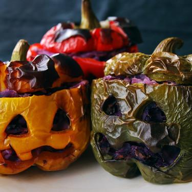 Pimientos escalofriantes rellenos de lombarda: receta de Halloween