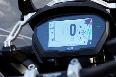 Triumph Tiger Desert Alpine Edition 2020 25