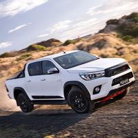Raptor a la Japonesa. Toyota piensa en una nueva Hilux para hacer frente a la Ranger Raptor