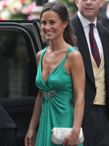 Si Pippa Middleton iba guapa de día, de noche más aún