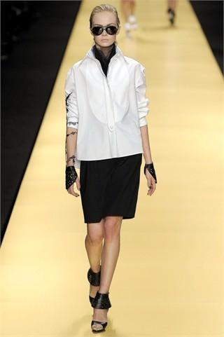 Foto de Karl Lagerfeld en la Semana de la Moda de París Primavera-Verano 2009 (7/32)