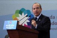 El crecimiento de las telecomunicaciones ha apoyado a la democracia, Felipe Calderón