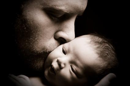 Permiso de paternidad de 4 semanas en el 2011