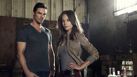 CW concede temporada completa a 'Beauty and the Beast'