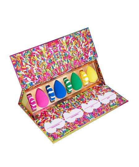 Bbl106 Beautyblender Sweetindulgence 1560x1960 O4a0e
