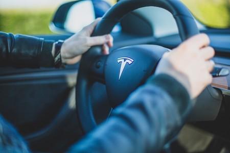 Tesla se convierte en el fabricante estadounidense de coches con mayor valoración en la historia