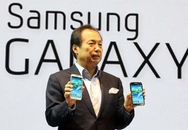 El presidente de Samsung, JK Shin, durante la presentación del Galaxy SIII