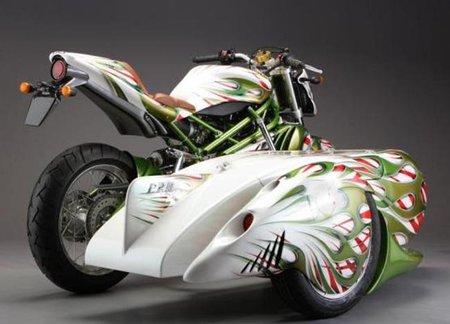 CR&S VUN con sidecar