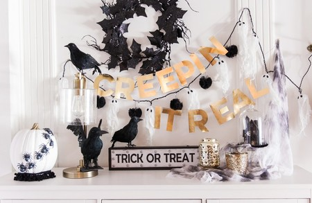 Una decoración en Halloween diferente en negro y dorado