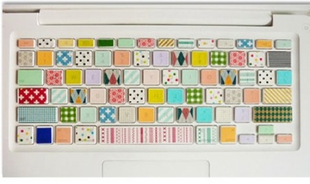 ¿Buena o mala idea?: decorar el teclado del portátil con cinta washi