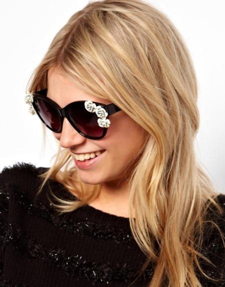 ¿Te animas con las gafas de sol decoradas?