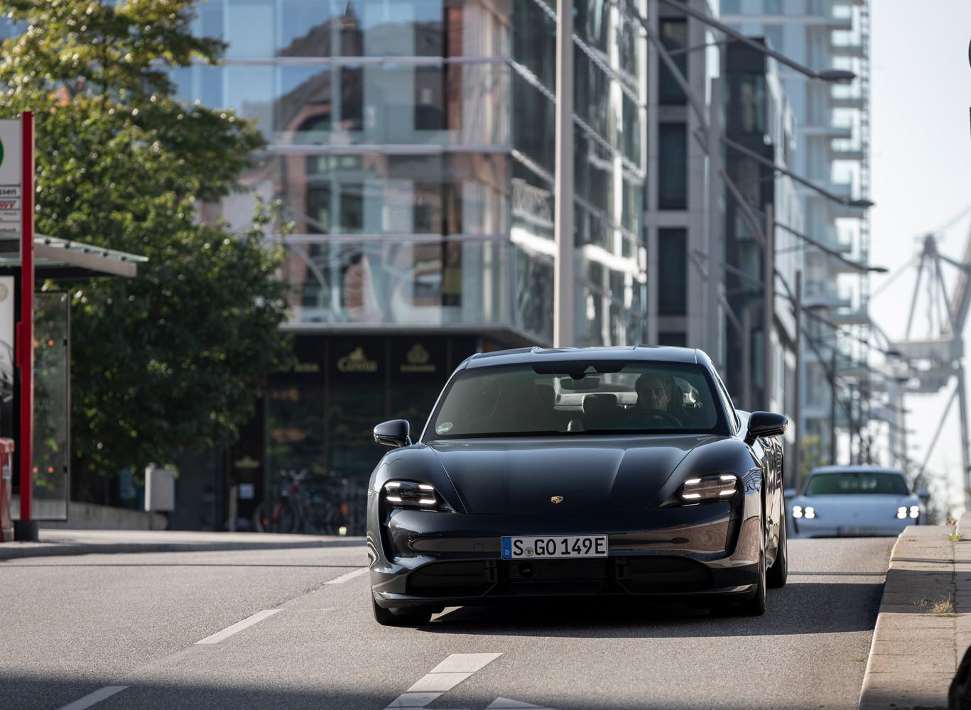 Foto de Porsche Taycan prueba contacto (79/275)