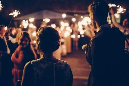 Las parejas que se conocen online se casan antes y son más felices que las que se conocen por otros medios