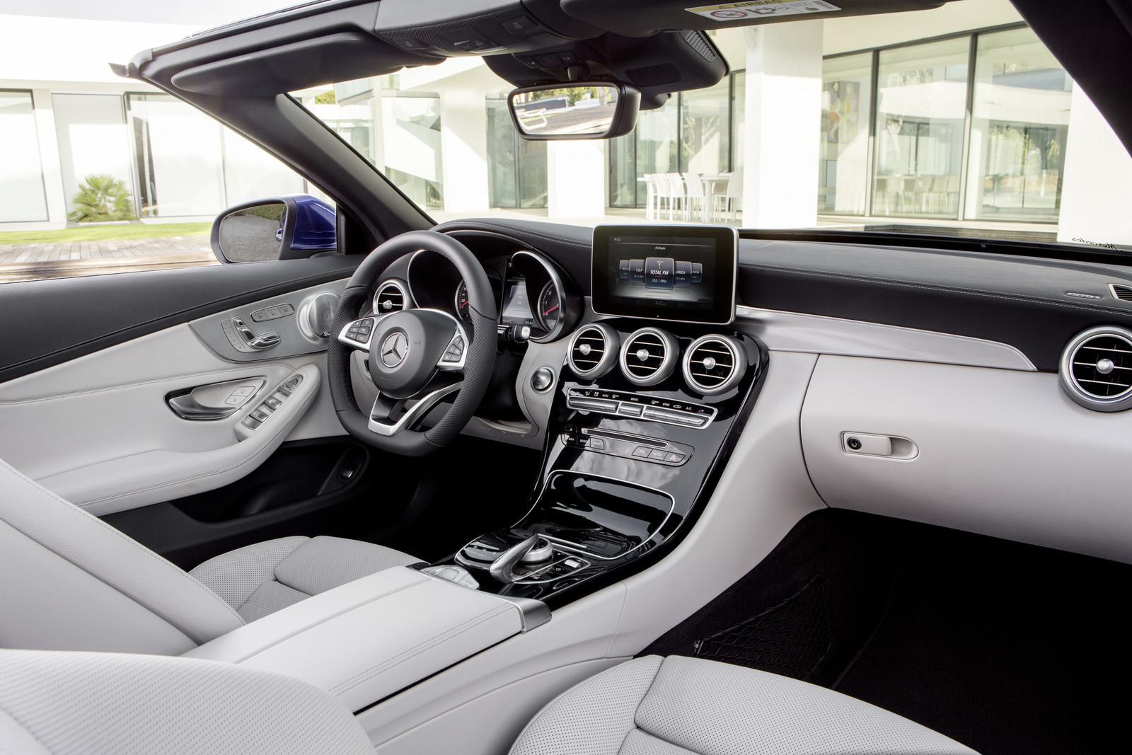 Foto de Mercedes-Benz Clase C y C 43 AMG Cabrio (10/28)