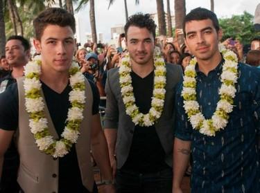 El secreto a voces se confirma: los Jonas Brothers se separan