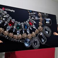 LG presenta su nueva y gigantesca tele 8K de 88 pulgadas para empezar a calentar el CES 2018