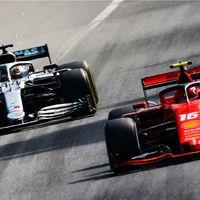 """Lewis Hamilton sobre su duelo con Charles Leclerc: """"Si ya fuese campeón del mundo habríamos chocado"""""""