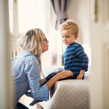 Cómo ayudar a los niños pequeños a gestionar sus emociones y su comportamiento durante la pandemia