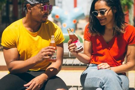 Un nuevo motivo para reducir el consumo de bebidas edulcoradas: podrían aumentar el riesgo de infartos cerebrales y enfermedades coronarias