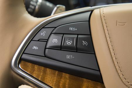 Cadillac también se suma a la conducción semiautónoma con su