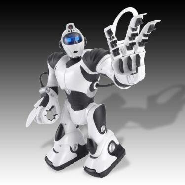 RoboSapien v2, el hermano mayor del robotito