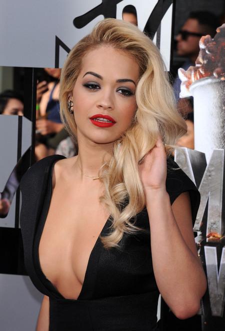 Los diez peinados de Rita Ora que desearás copiar