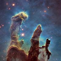 """El homenaje estelar de la NASA al """"hurón de cometas"""": el catálogo de Messier a todo color y en alta resolución"""