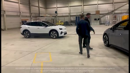 Elon Musk Id 3 Prueba
