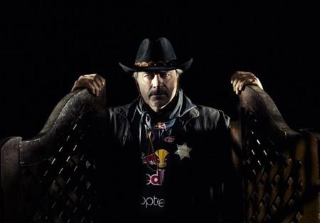 Stephane Peterhansel confirma el interés de Peugeot por él y Carlos Sainz