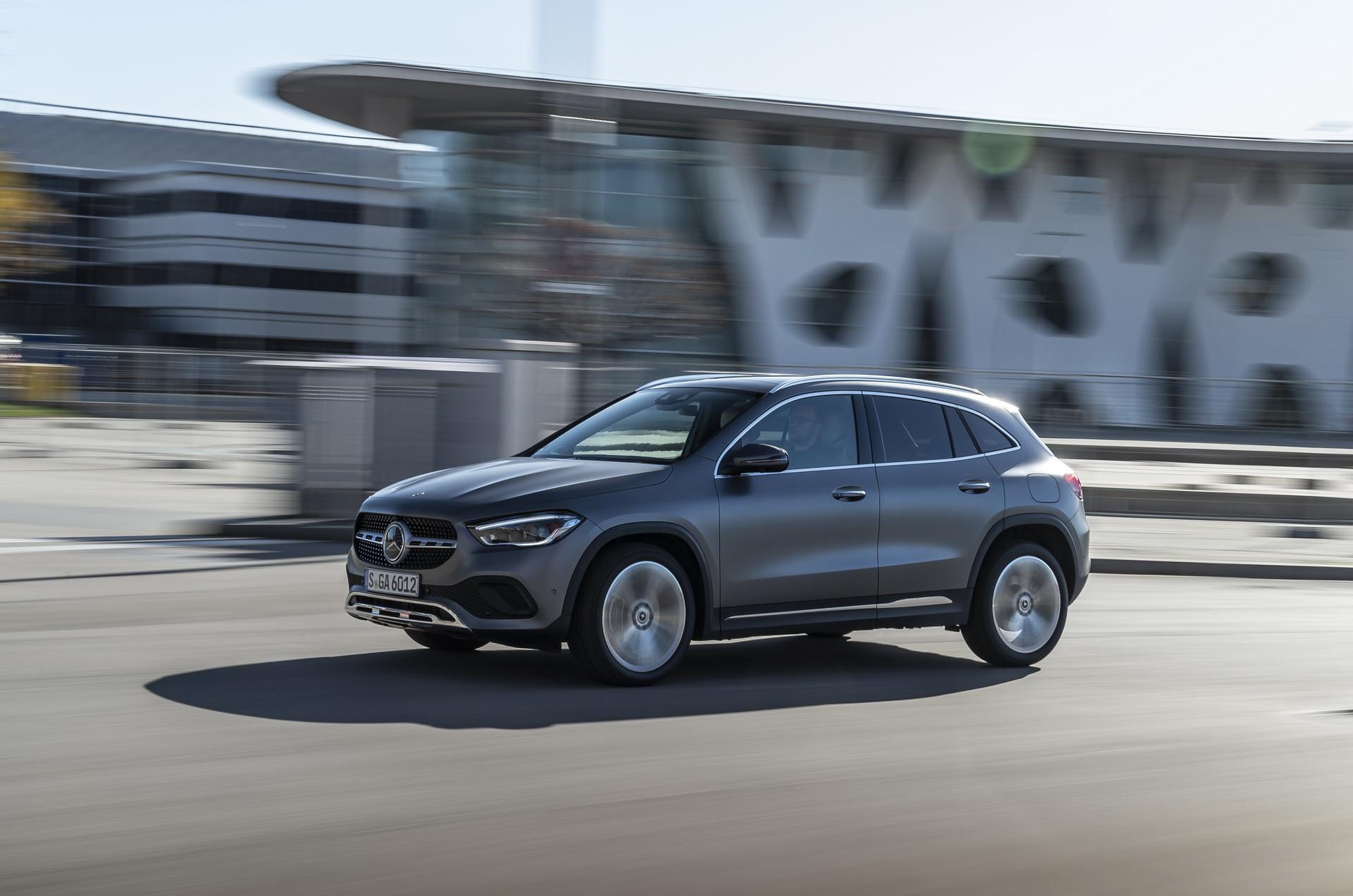 Foto de Mercedes-Benz GLA 2021 (21/103)