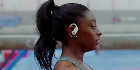 Auriculares para hacer deporte con la tecnología de los AirPods: los Powerbeats Pro están rebajadísimos en eBay por 185,99 euros