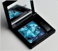Sombra azul de Givenchy