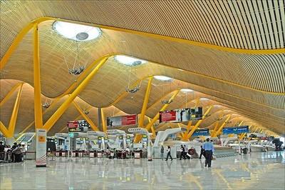 Madrid-Barajas: colocan simuladores de tarifas de taxis