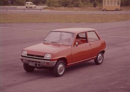 Renault 4 Y 5 Podrian Regresar En Formato Electrico 4