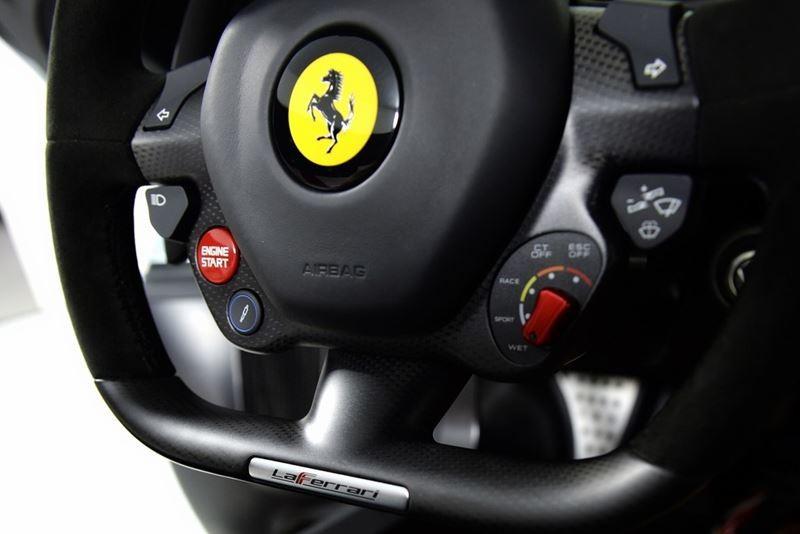 Foto de Ferrari LaFerrari (15/38)