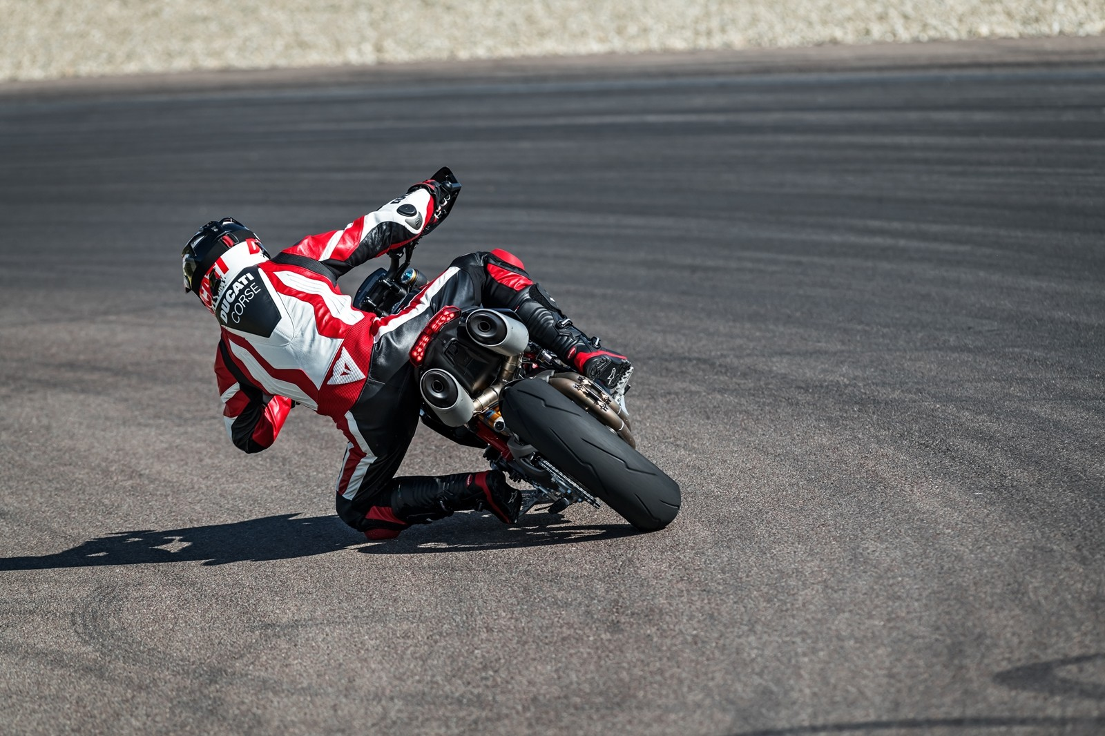 Foto de Ducati Hypermotard 950 2019 (17/76)