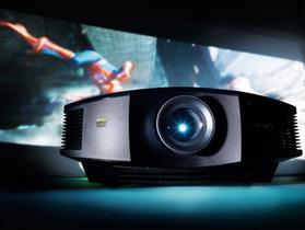 Cuándo un proyector da mejor experiencia que un televisor: guía para elegir bien