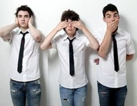 Los Jonas Brothers para Oasis son una mierda