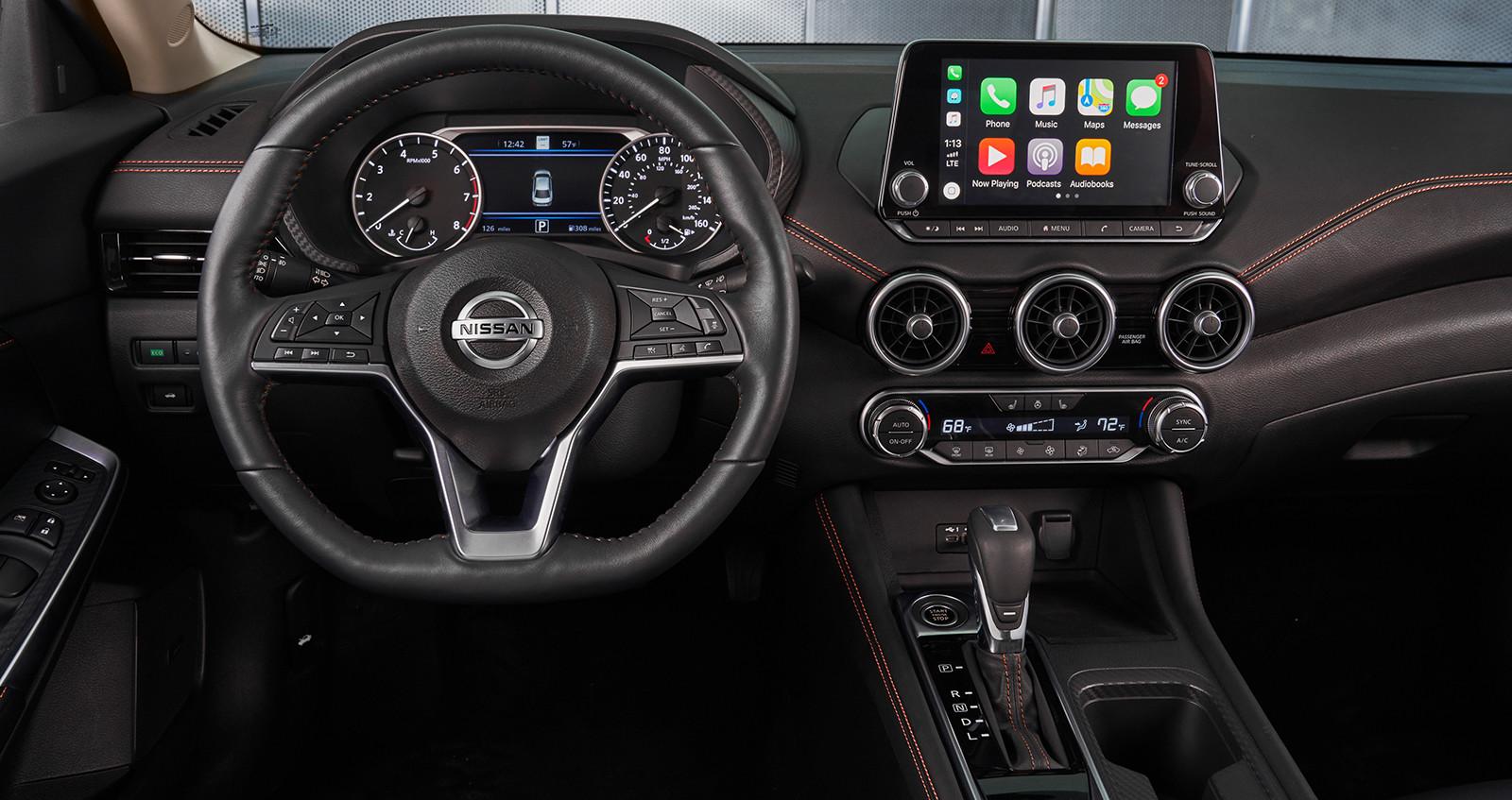 Foto de Nissan Sentra 2020 (31/44)