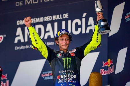 """El podio de Valentino Rossi convence al Petronas: """"Tenía dudas, pero lo que hizo el domingo me impresionó"""""""