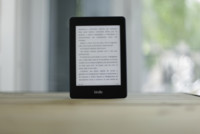 Un lector escéptico con el modelo de tarifa plana de libros por suscripción
