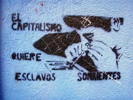 Patronos y obreros, solos ante la lucha del capitalismo financiero