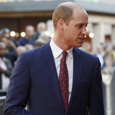El Príncipe William adopta el color clave del otoño en sólo un accesorio de su atuendo
