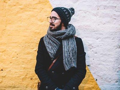 Bufandas, gorros y más: los mejores accesorios de punto para llevar este invierno
