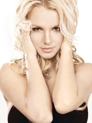 ¿Simon Cowell tiene otro antojo? Britney Spears en el punto de mira