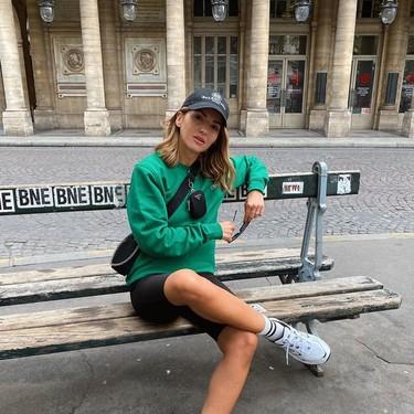Para una vez que se lo paga de su bolsillo, se va la Lovely Pepa a París y se la meten por el dobladillo