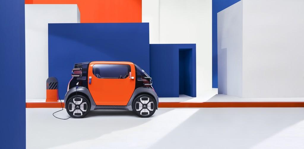 Citroën Ami One, el concepto de coche eléctrico pensado para conducir sin carnet que quiere abaratar al máximo la movilidad en ciudad