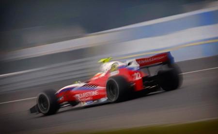 Roberto Merhi se impone en una carrera con abandono de Carlos Sainz Jr