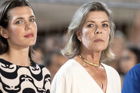 Carlota Casiraghi y Carolina de Mónaco compiten en estilo en la hípica