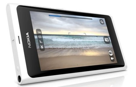 Al Nokia N9 le sienta muy bien el blanco, MeeGo recibirá actualización
